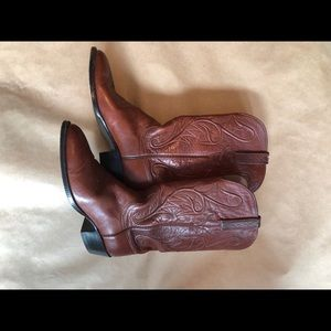 Lucchesse boots